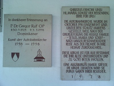 09Autobahnkirche-050211093407.jpg
